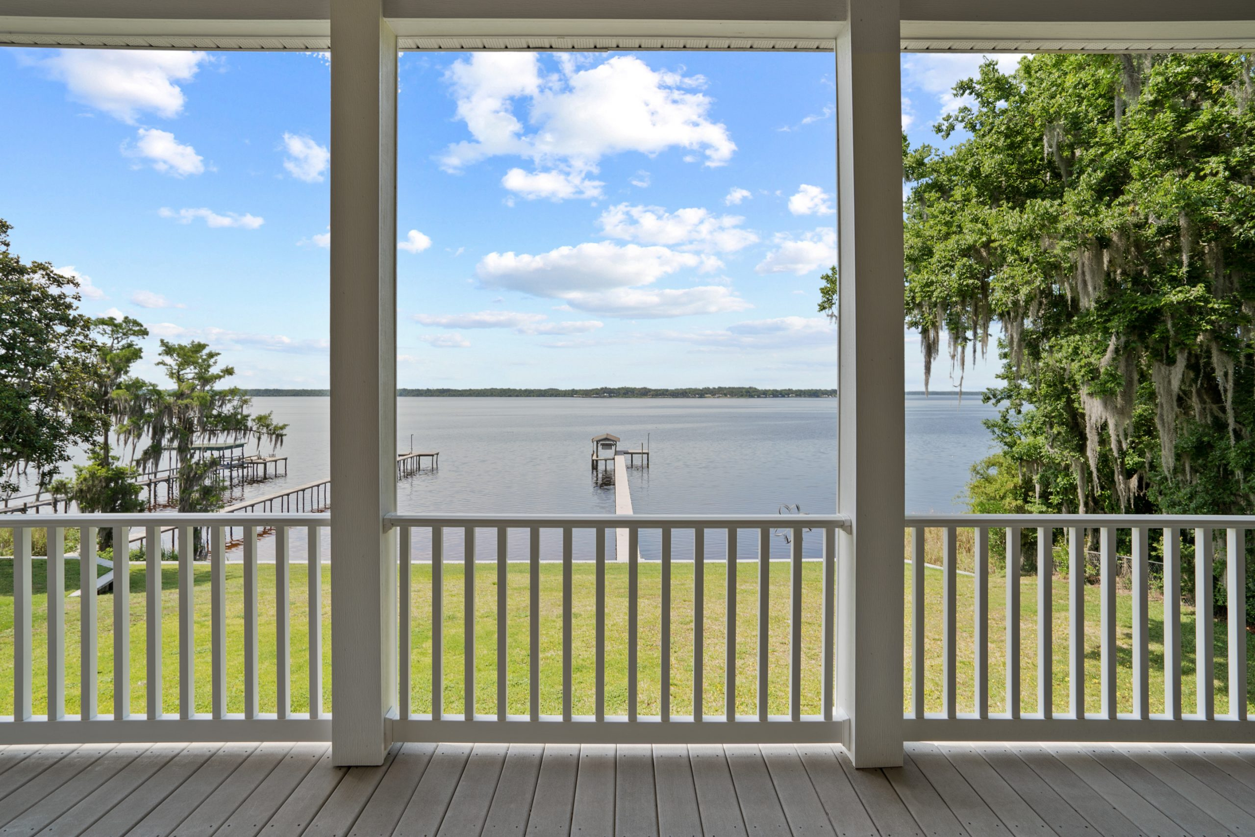 305 West River Rd-25